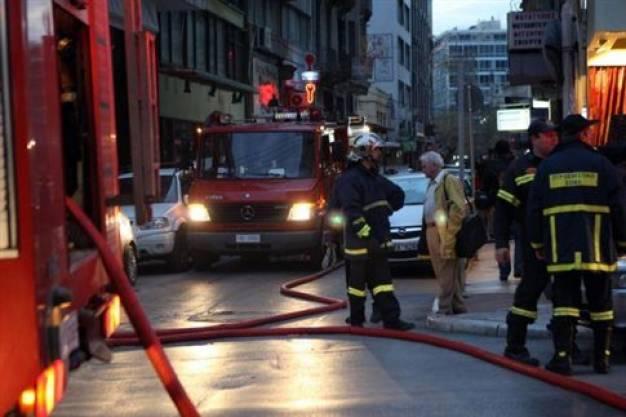 Τρεις νεκροί από φωτιές σε Ασπρόπυργο - Πειραιά και Κομοτηνή