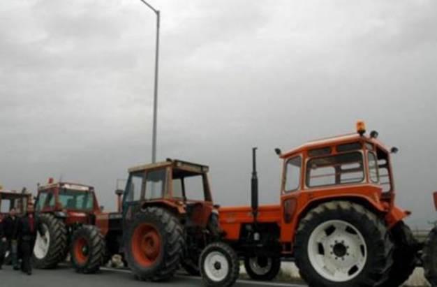 Σε θέσεις μάχης οι αγρότες στη Λάρισα: «Δεν θα επιτρέψουμε κατασχέσεις χωραφιών»