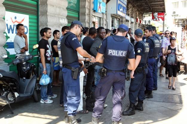 Επιχείρηση-σκούπα στο κέντρο της Αθήνας